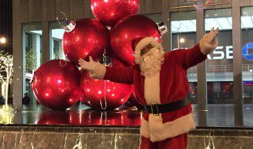 Weihnachtskugeln+Santa